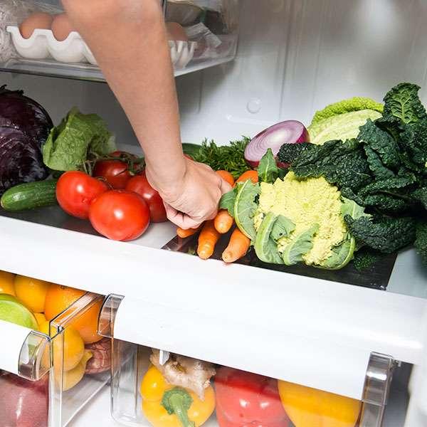 Menyimpan Sayuran di Kulkas